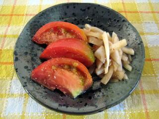 トマトのごま酢がけ【マリネよりヘルシーで低カロリー】