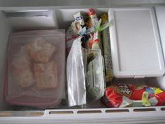 冷凍庫 1人暮らしの冷蔵庫の中身 きん。部屋