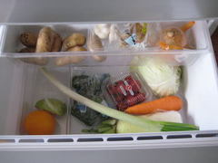 野菜室 1人暮らしの冷蔵庫の中身 きん。部屋