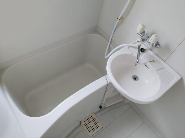一人暮らしの浴室